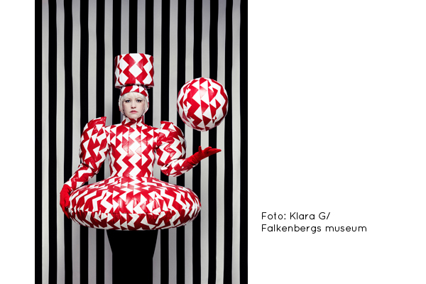 Staged Fashion – Designed Identities